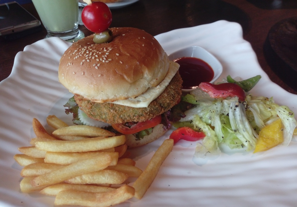 Raasta-at-GreenPark-Bad-Boy-Veggie-burger-Food2go4-Food-Blogger-Review