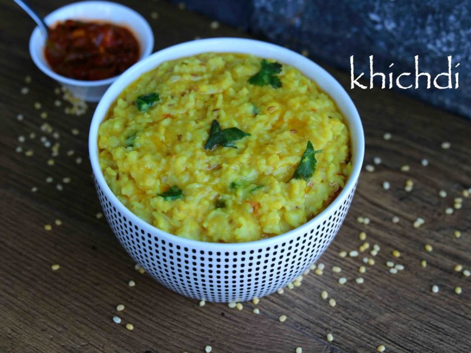 khichdi-recipe-dal-khichdi-recipe-moong-dal-khichdi-kichadi-recipe-1-1024x769